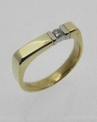 Strakke geelgouden ring